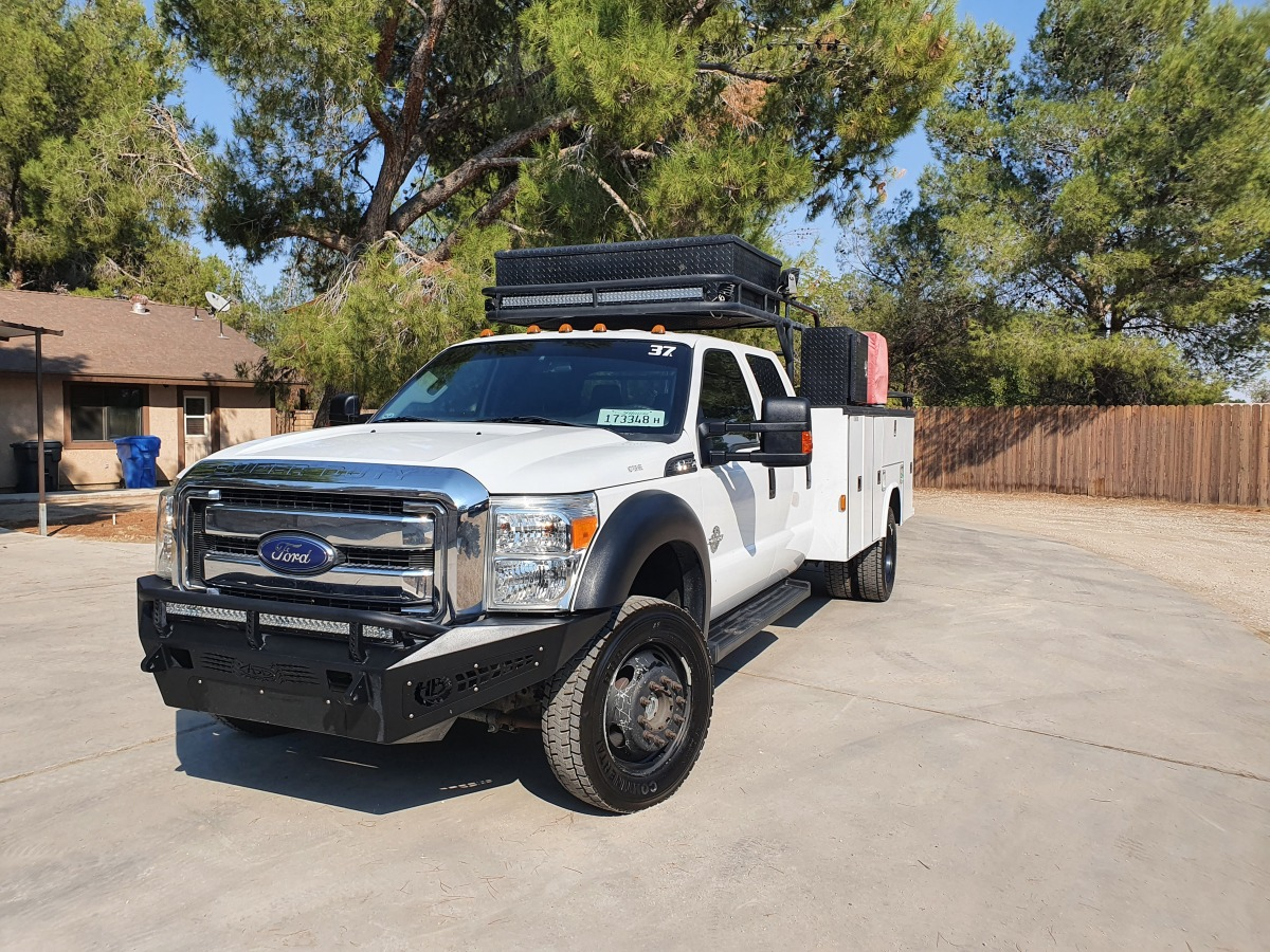 For Sale: 2015 Ford F-550 Crew Cab Chase Truck - photo0