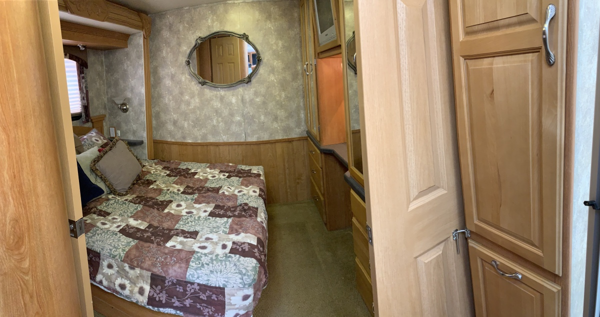 For Sale: 2006 Coachman Epic - photo14