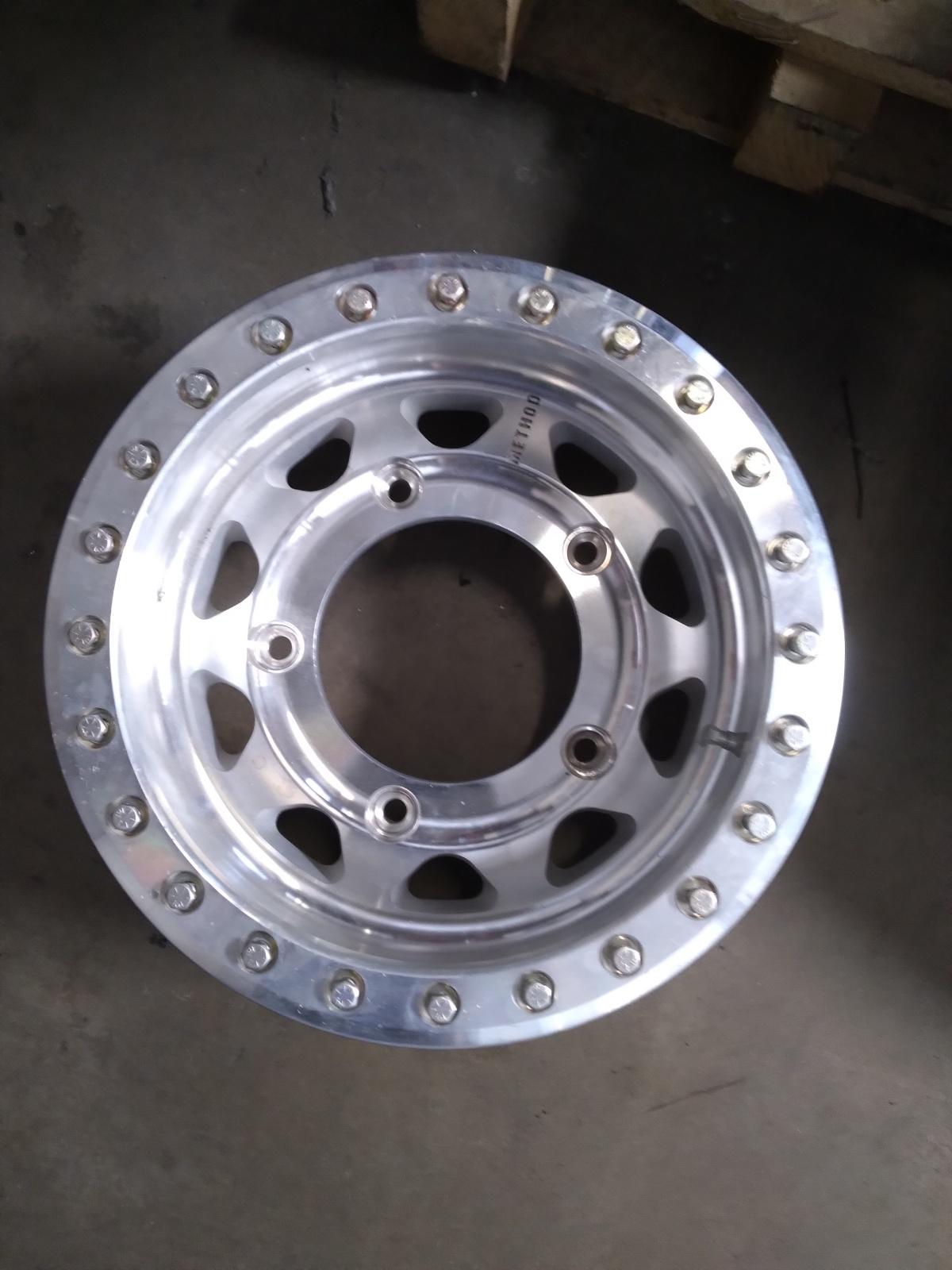 For Sale: Method beadlock wheel  - photo0
