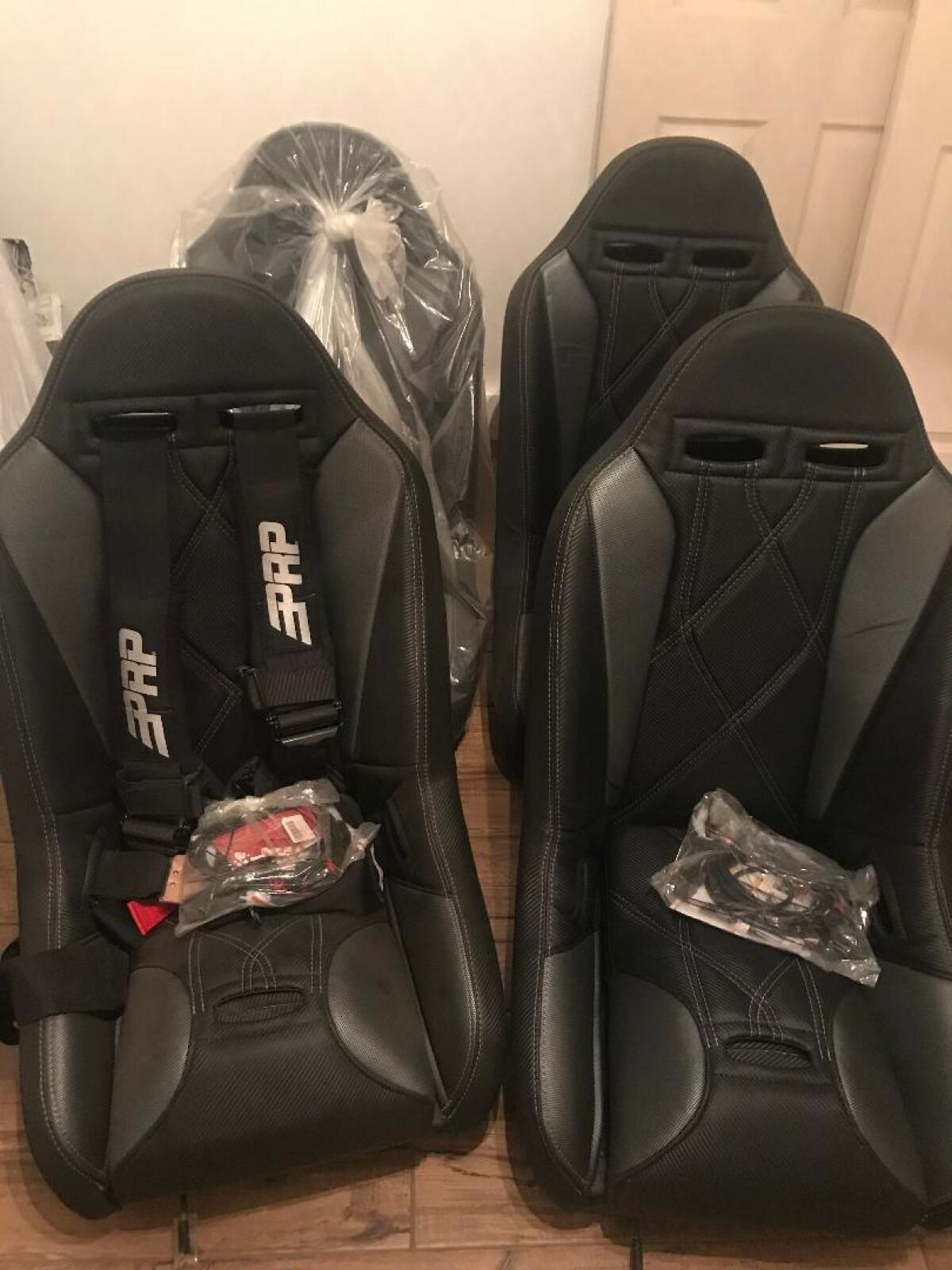 For Sale: BRAND NEW SANDRAIL OFFROAD SEATS - photo0