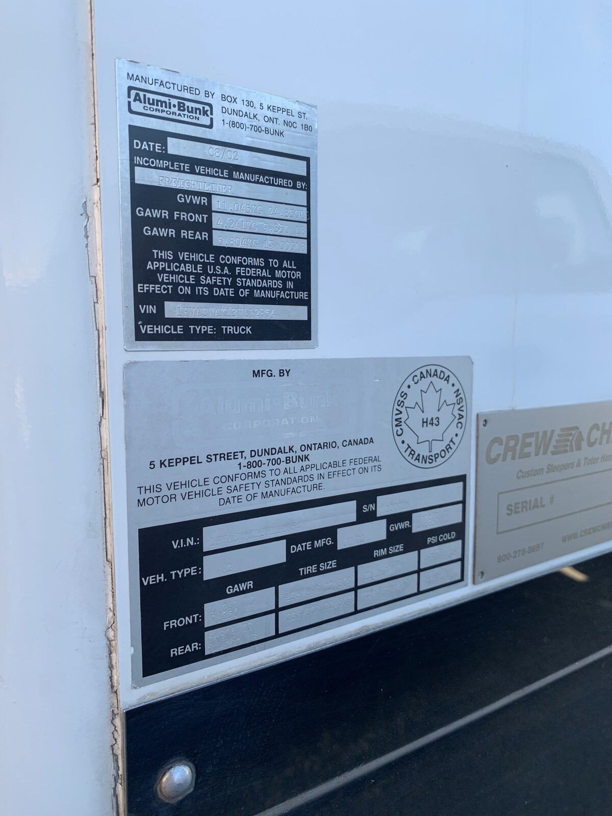 For Sale: 2003 Freightliner Crew Chief Toterhome  - photo3
