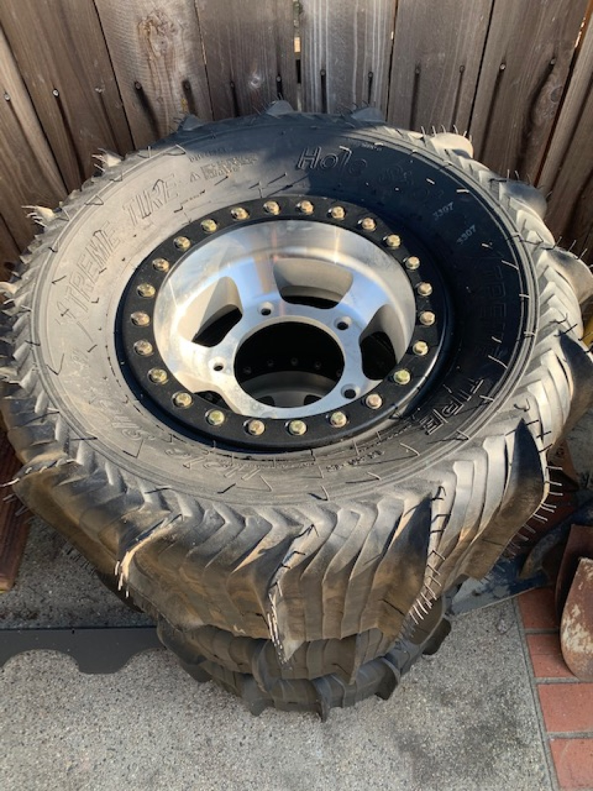 For Sale: New beadlock wheels and sand tires plus full spare - photo3