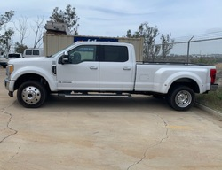 For Sale:2017 Ford F450 Lariat Crew Cab