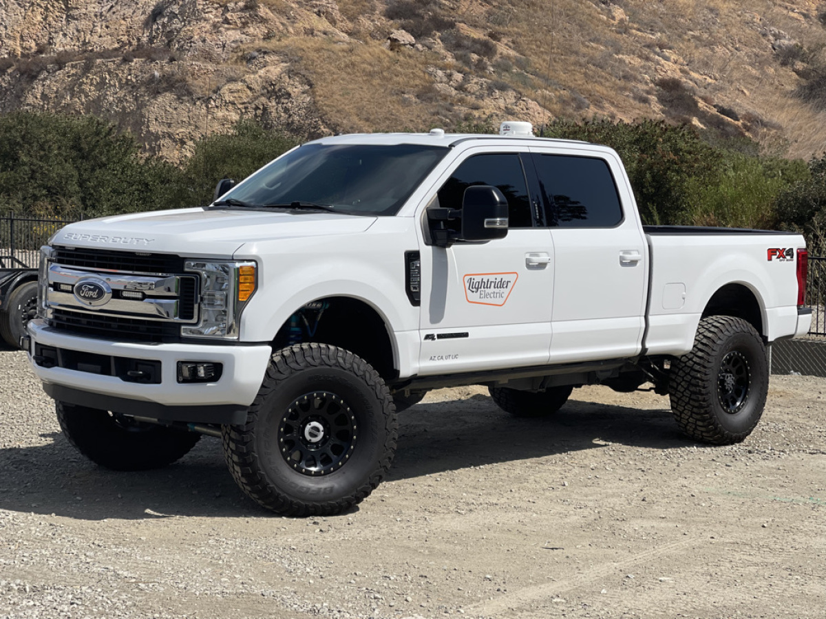 For Sale: 2017 Ford Super Duty Chase Truck - photo1
