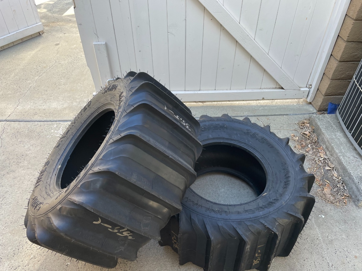 For Sale: SOLD NEW Sand Tires Unlimited 35.5 x 17 No. 1 paddle - photo0