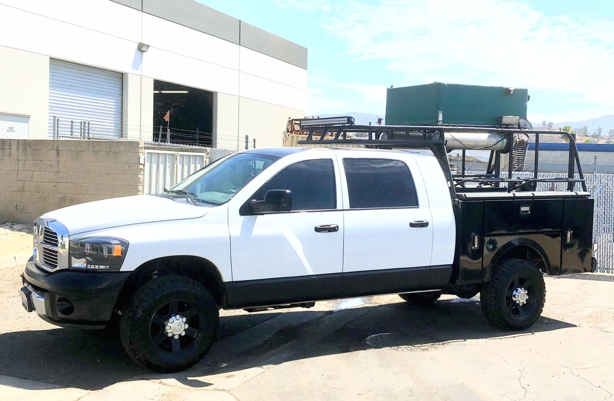 For Sale: REDUCED 2008 Dodge 2500 4x4 MegaCab Chase Truck - photo0