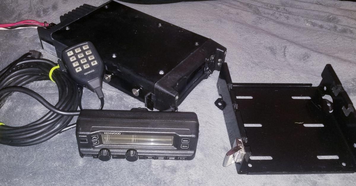 For Sale: Kenwood 110 watt radio - photo0