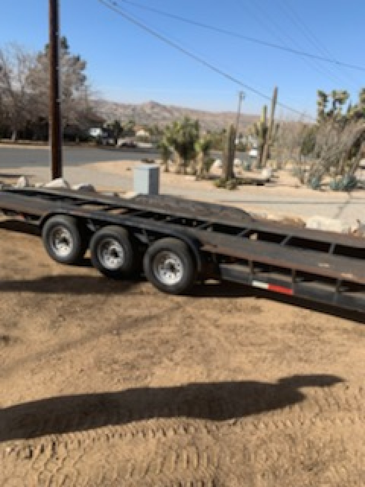 For Sale: 32 Ft Drive-over Fender Trailer - photo0