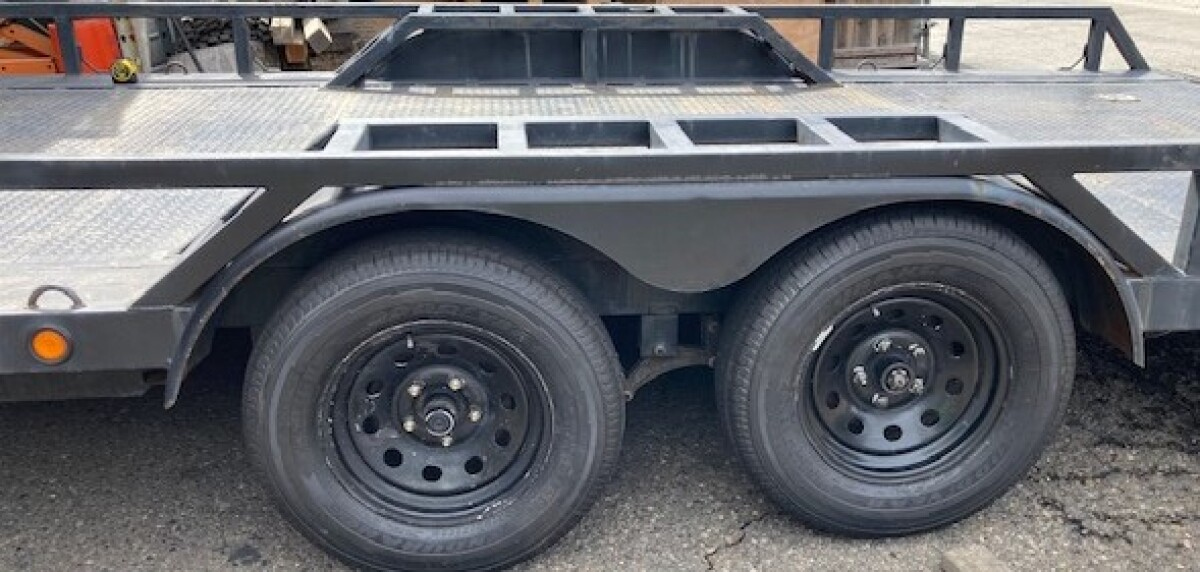 For Sale: 20' PJ Car Trailer - photo1