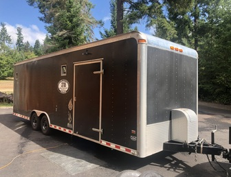 For Sale:26' Enclosed race trailer