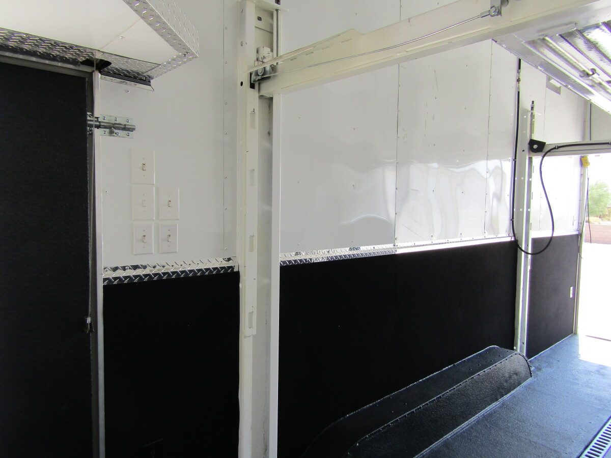 For Sale: 26' Browns Motorsports Stacker - photo10