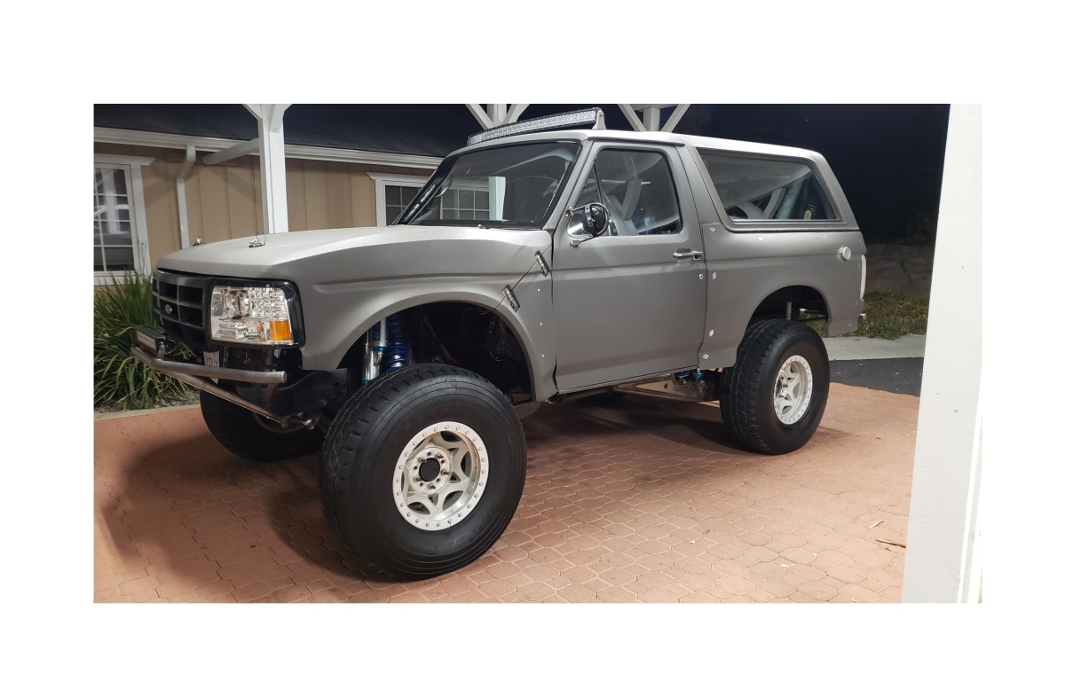 For Sale: 4-Seat, 4-Linked, Street Legal Bronco Prerunner - photo1
