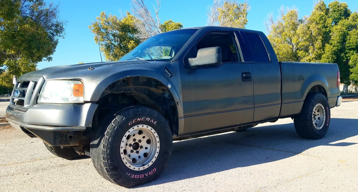 For Sale: 2004 FORD F150 XLT 4DR SUPERCAB W/ONE PIECE FRONT END - photo0