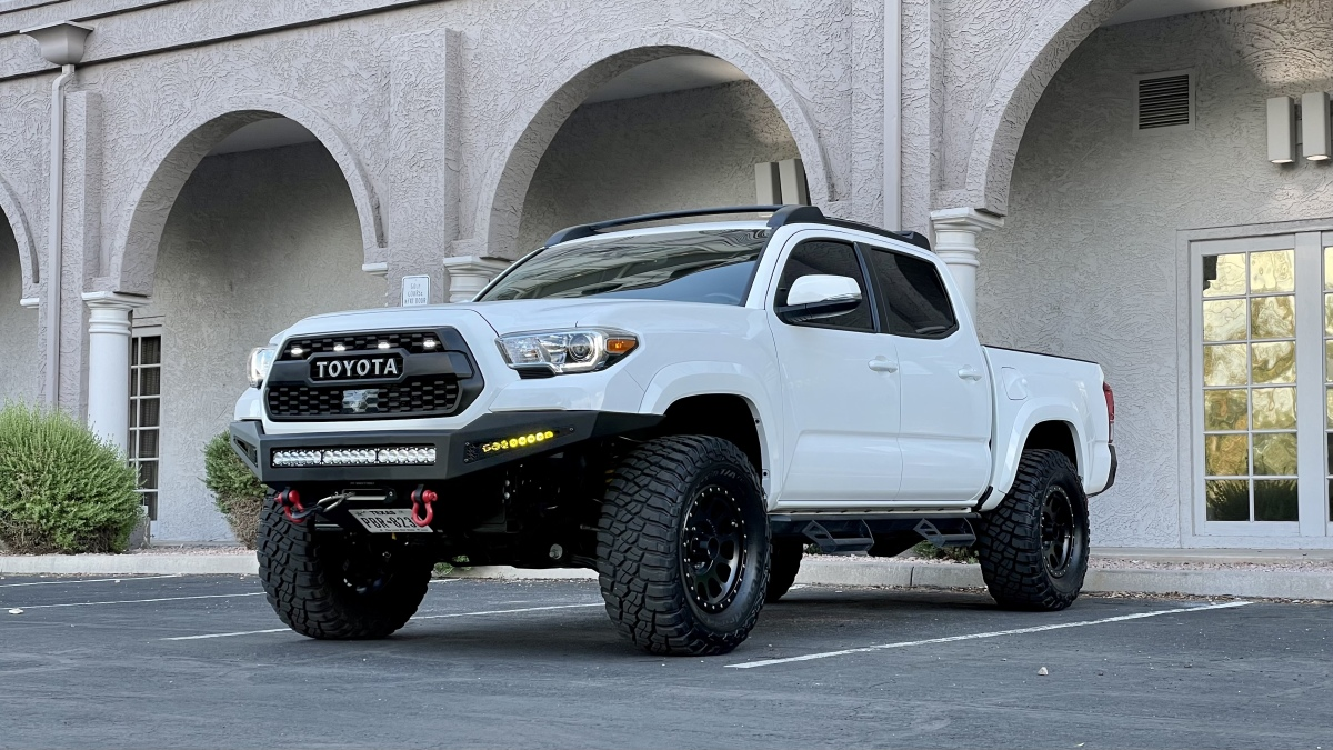 For Sale: 2019 Toyota Tacoma Offroad 4x4 v6 Like New over $60k build! - photo6