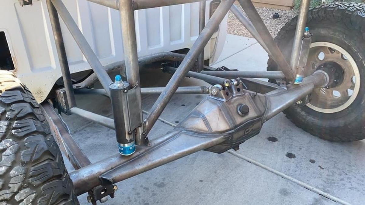 For Sale: Caged and linked Silverado roller - photo0
