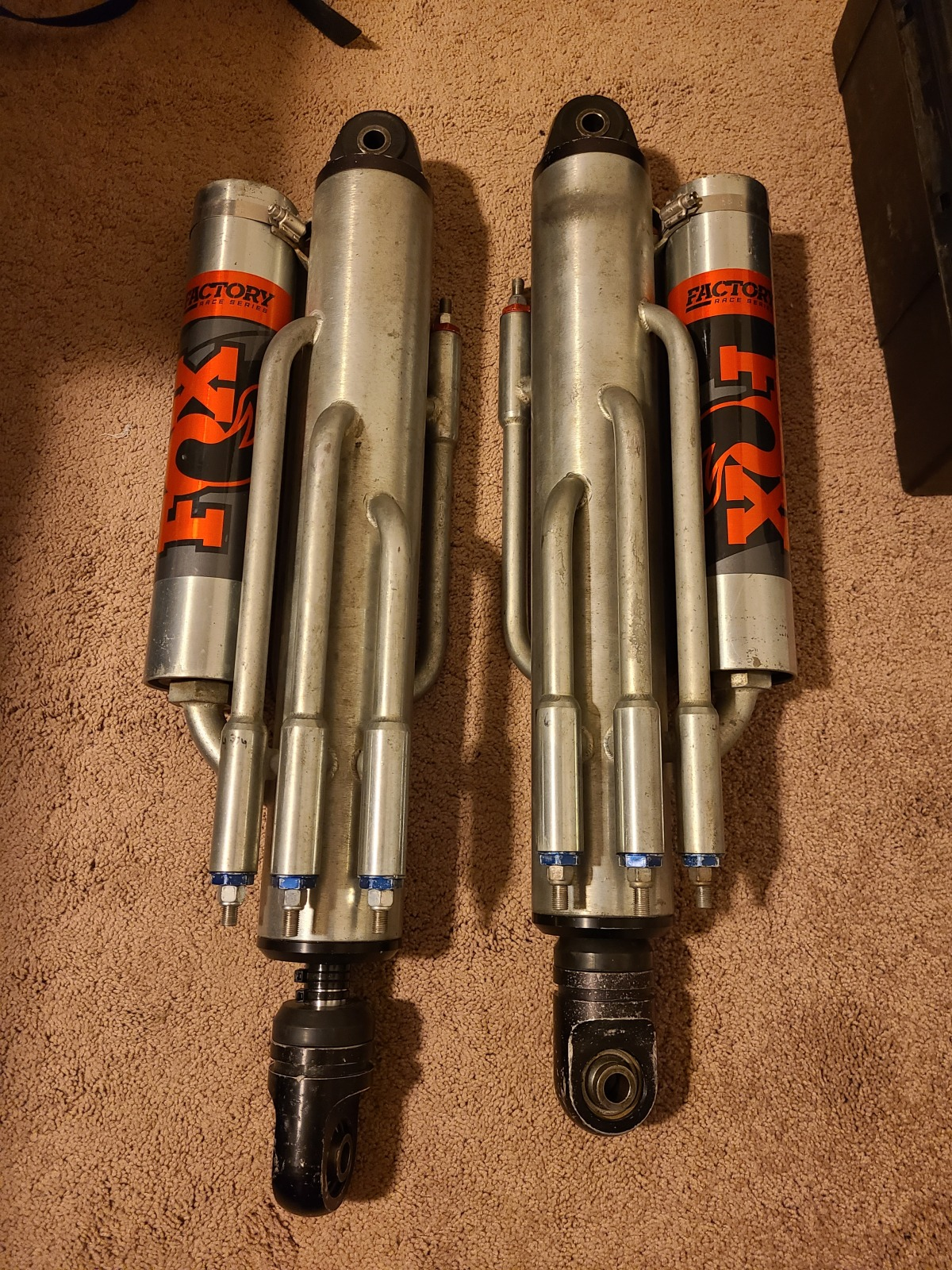 For Sale: Used Fox 3.5x14 Bypass Shocks - photo0