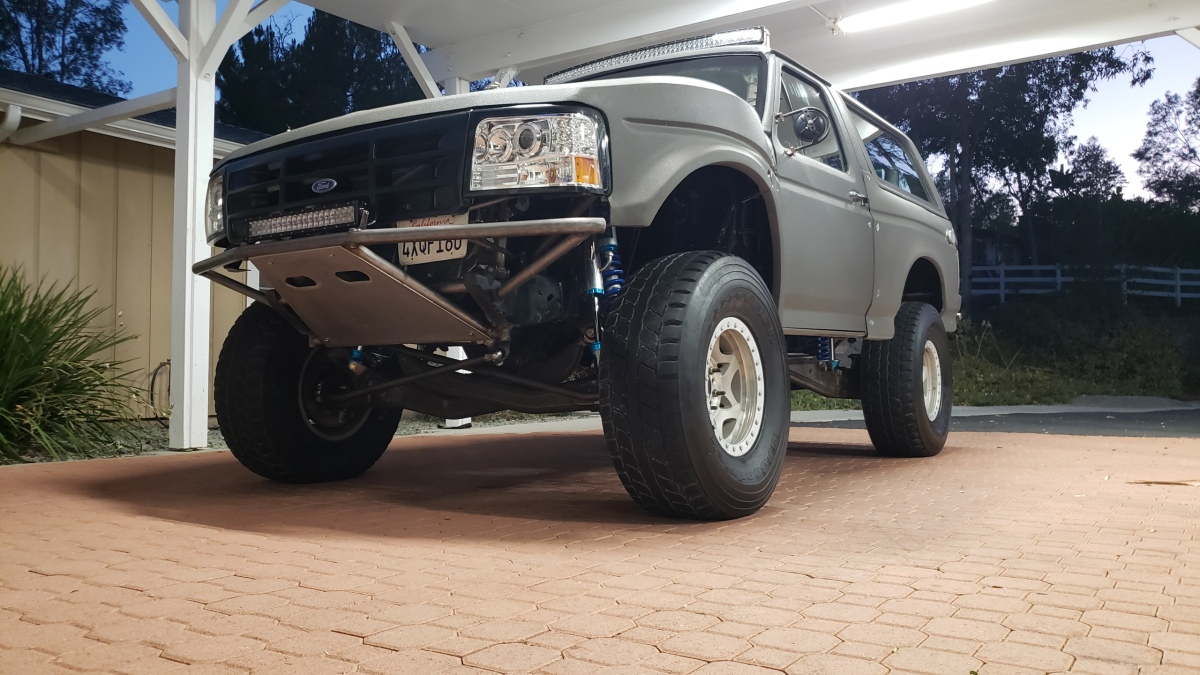 For Sale: 4-Seat, 4-Linked, Street Legal Bronco Prerunner - photo0