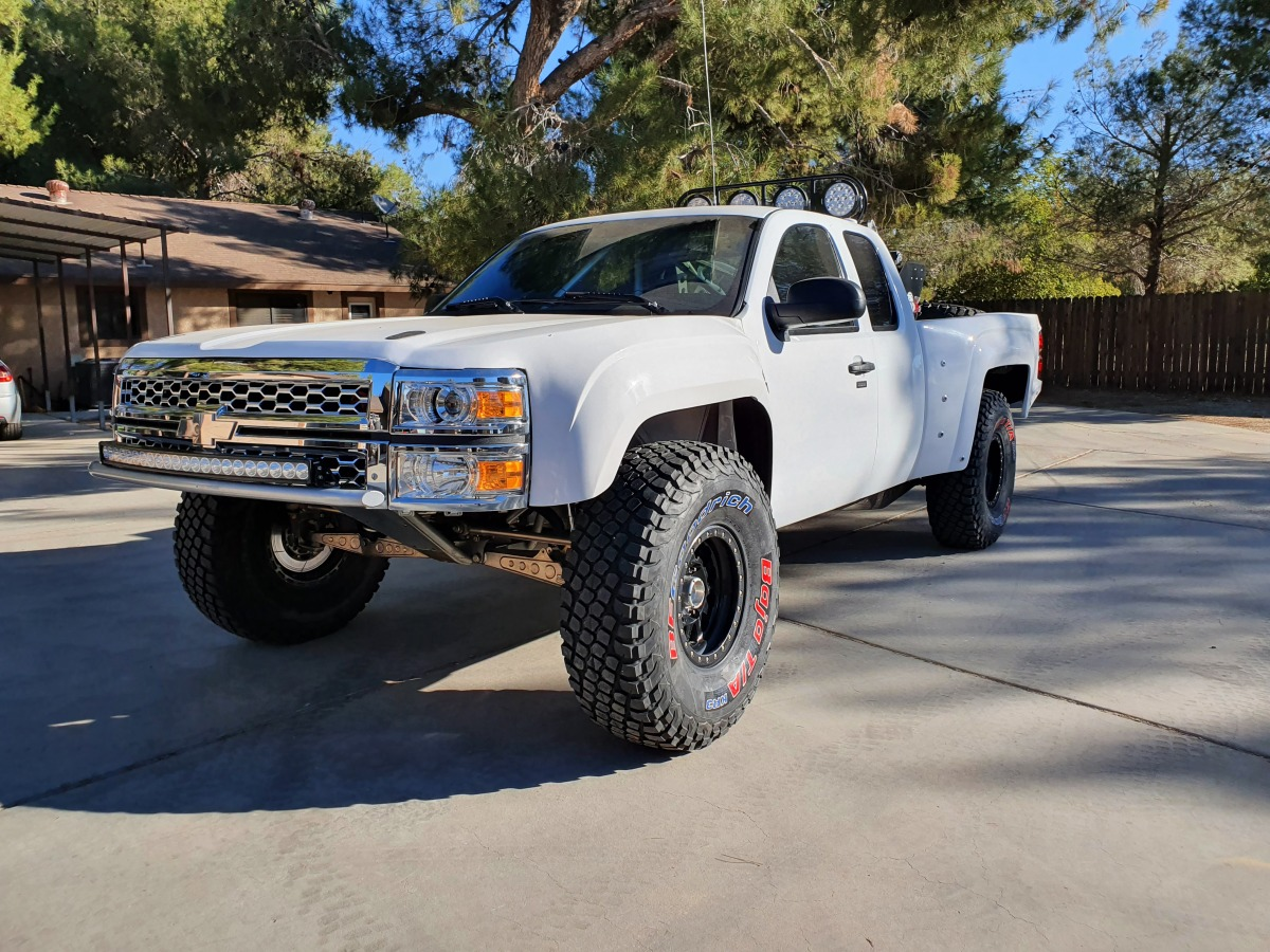 For Sale: Geiser Three Seat Chevrolet Luxury Prerunner - photo23