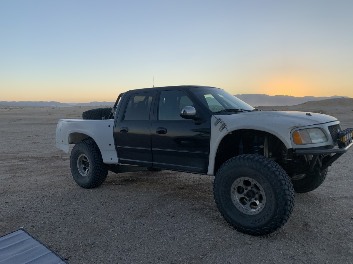 For Sale: ****PRICE REDUCED*****Crew cab prerunner  - photo1