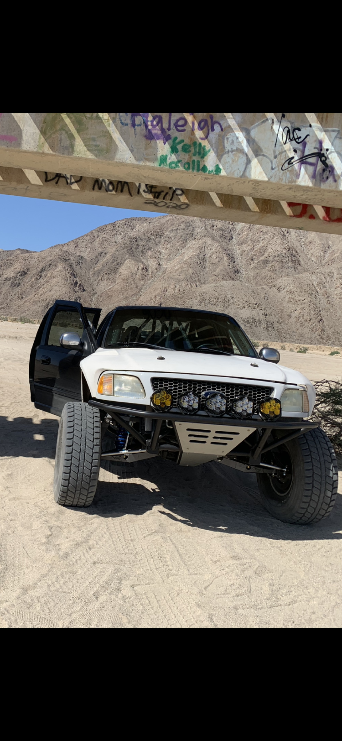 For Sale: ****PRICE REDUCED*****Crew cab prerunner  - photo5