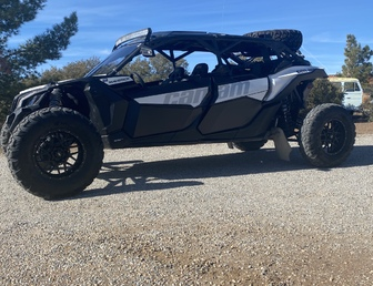 For Sale:Canam x3 with lonestar long travel kit low miles