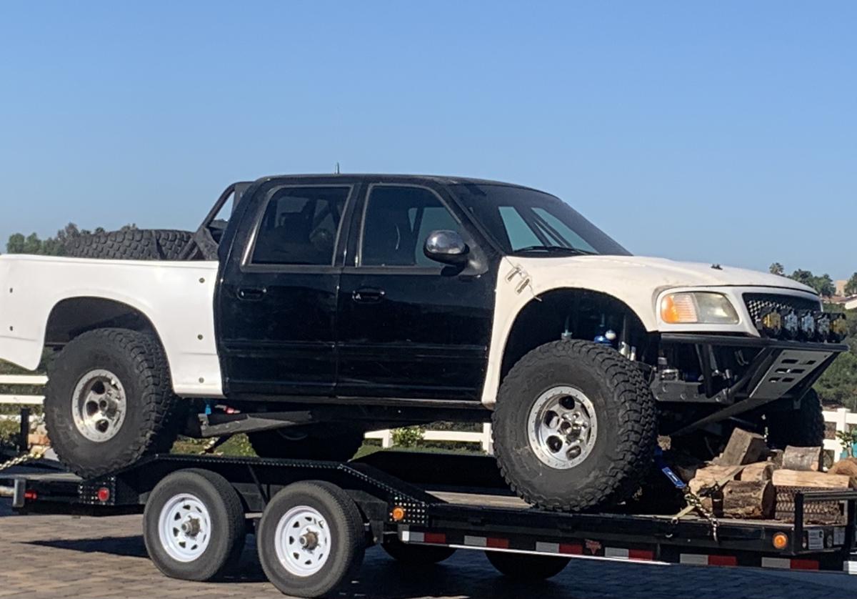 For Sale: ****PRICE REDUCED*****Crew cab prerunner  - photo2
