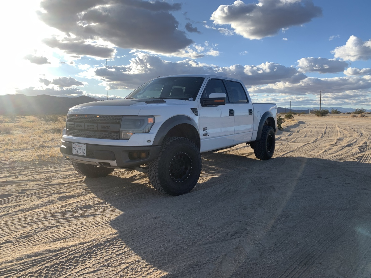 For Sale: 2013 Ford Raptor Fully loaded - photo0