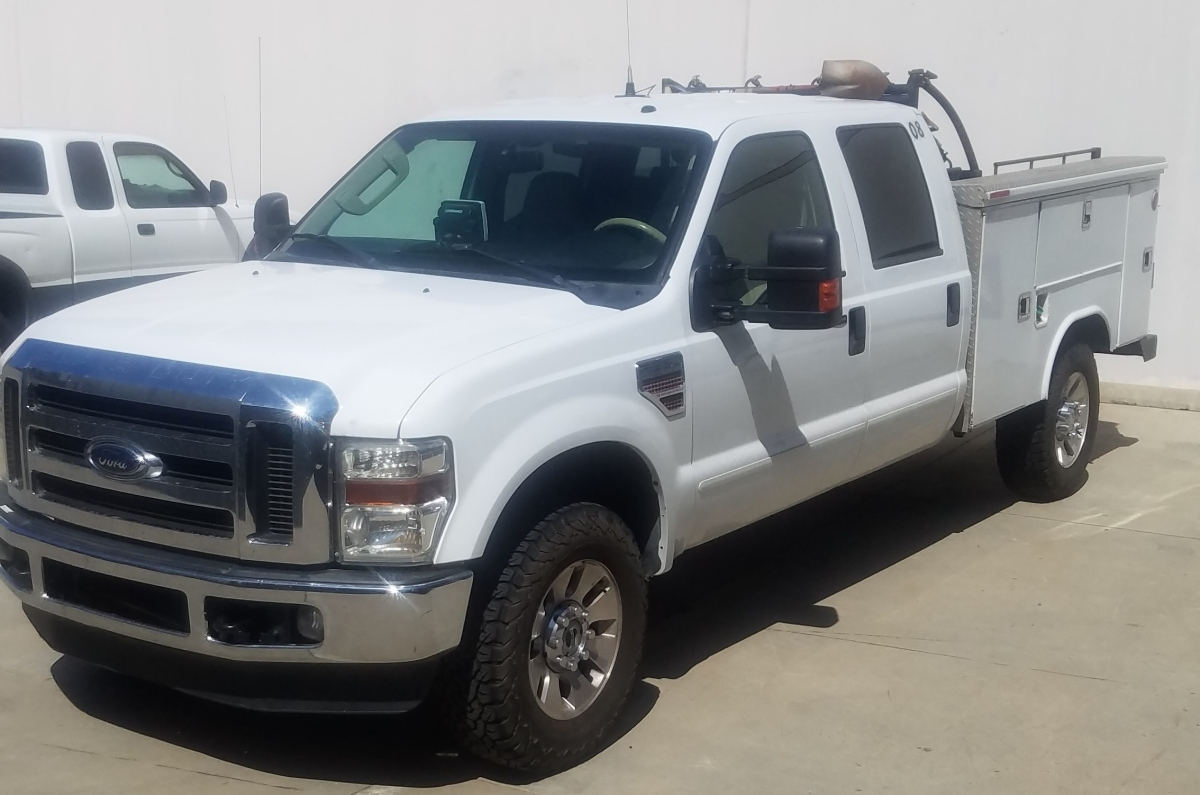 For Sale: 6.4 liter 4X4 POWERSTROKE DIESEL F350 Superduty Lariat Crew Cab  Chase  - photo0