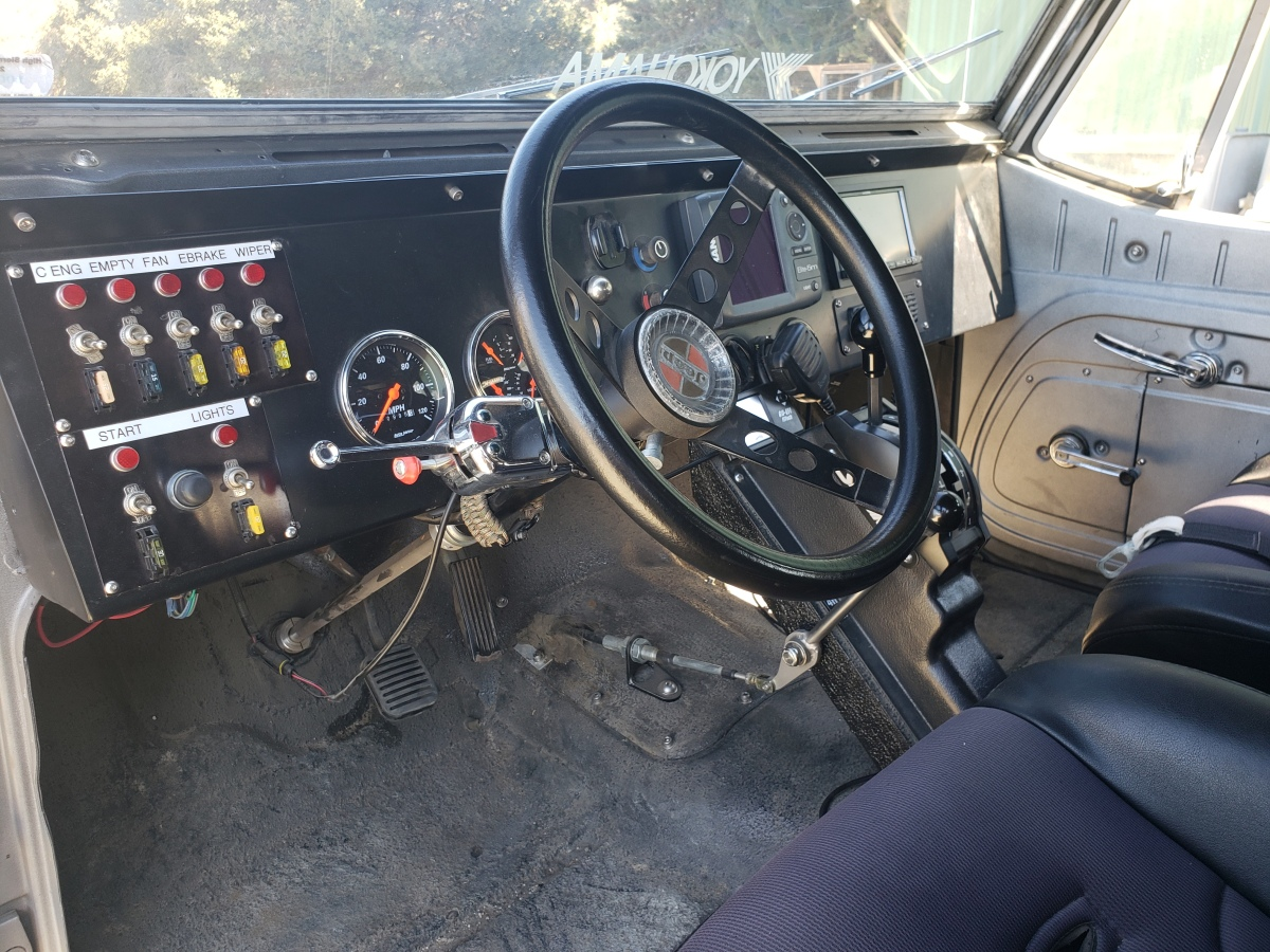 For Sale: 1969 Jeepster Commando - photo3