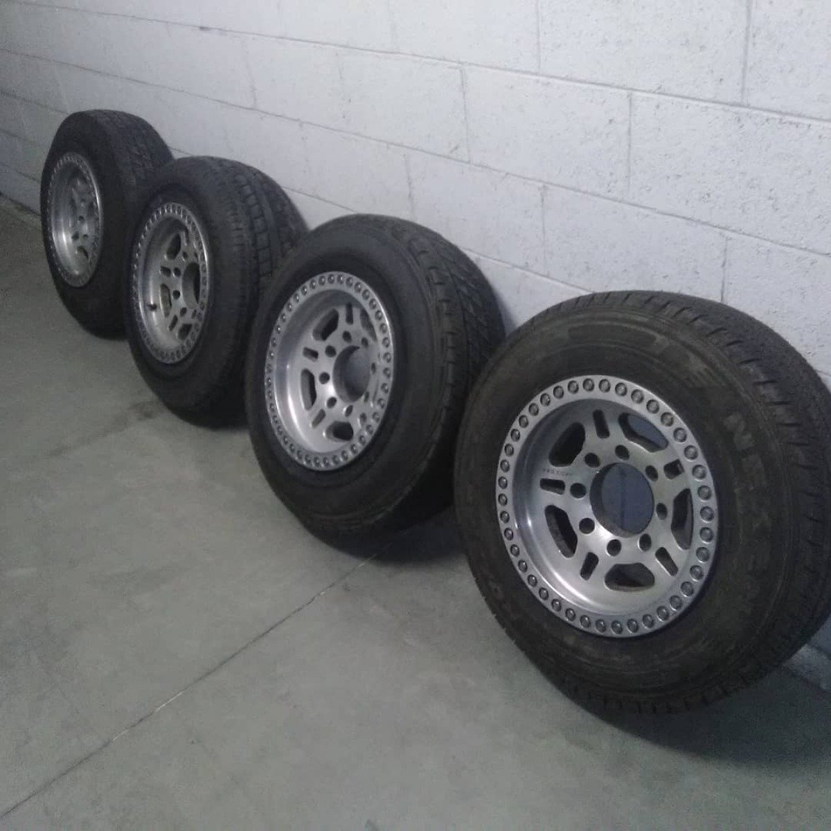 For Sale: Ford wheel - photo0