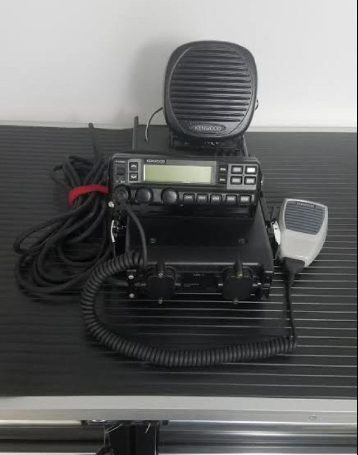For Sale: Radio 110 watts - photo0
