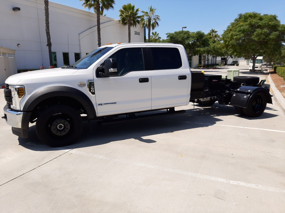 For Sale: 2019 Ford F550 - photo0