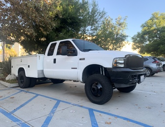 For Sale:REALLY NICE CHASE/WORK TRUCK L@@k