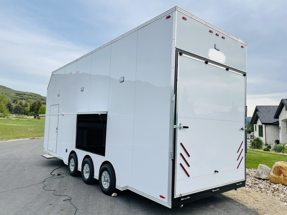 For Sale: 2021 Stacker Trailer 28' Belly Lift Fuel & Water On Board NEW - photo3