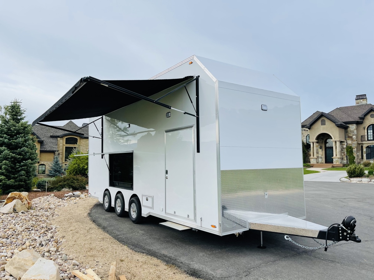 For Sale: 2021 Stacker Trailer 28' Belly Lift Fuel & Water On Board NEW - photo0