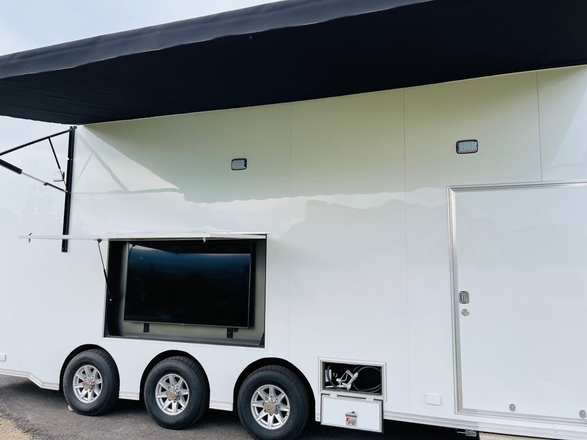 For Sale: 2021 Stacker Trailer 28' Belly Lift Fuel & Water On Board NEW - photo10