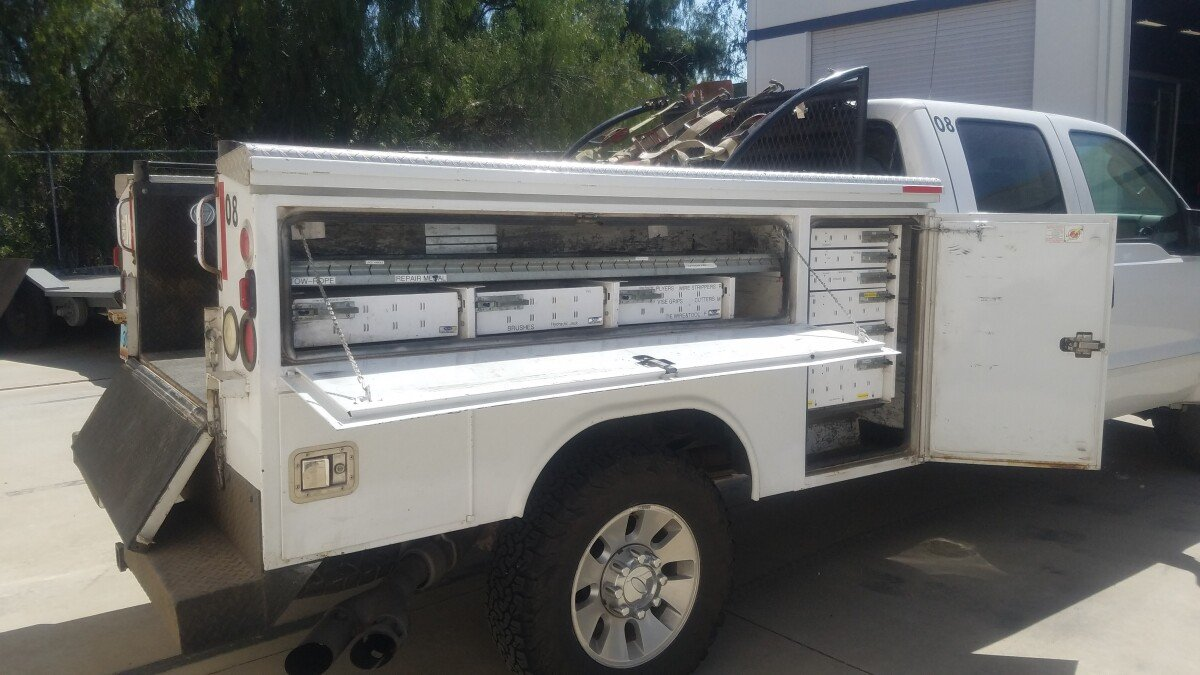 For Sale: 6.4 liter 4X4 POWERSTROKE DIESEL F350 Superduty Lariat Crew Cab  Chase  - photo2