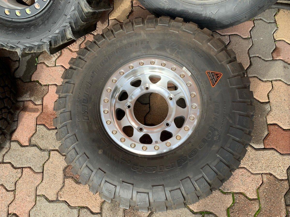 For Sale: BFG 33x10.50R15 Mud terrain on Method beadlock wheel NEW - photo0