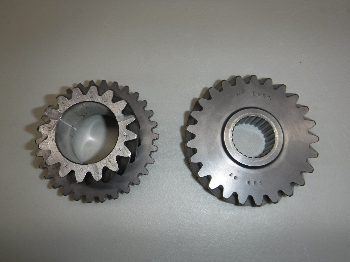 For Sale: Weddle Mendeola MD4-2D MD5 4th Gear Set - photo0