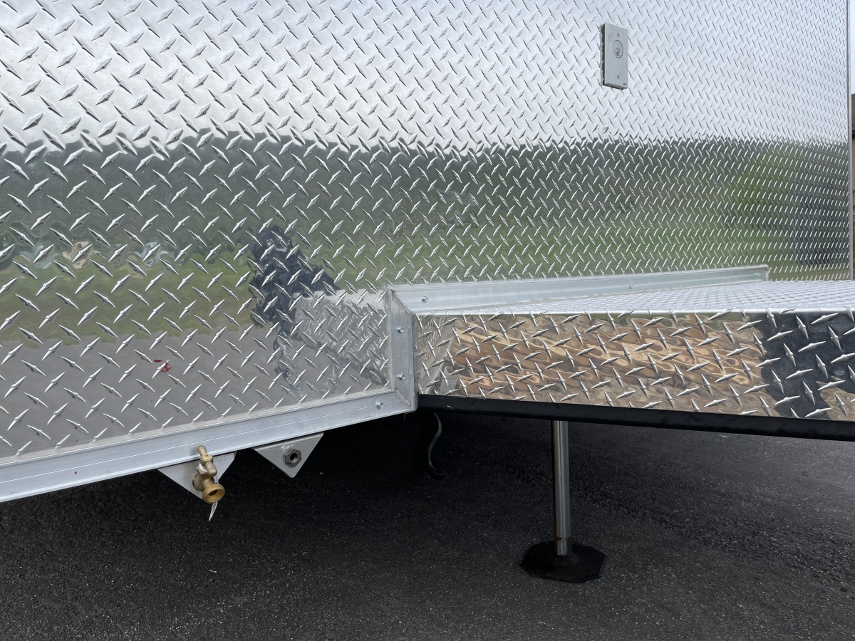 For Sale: 2021 Stacker Trailer 28' Belly Lift Fuel & Water On Board NEW - photo14