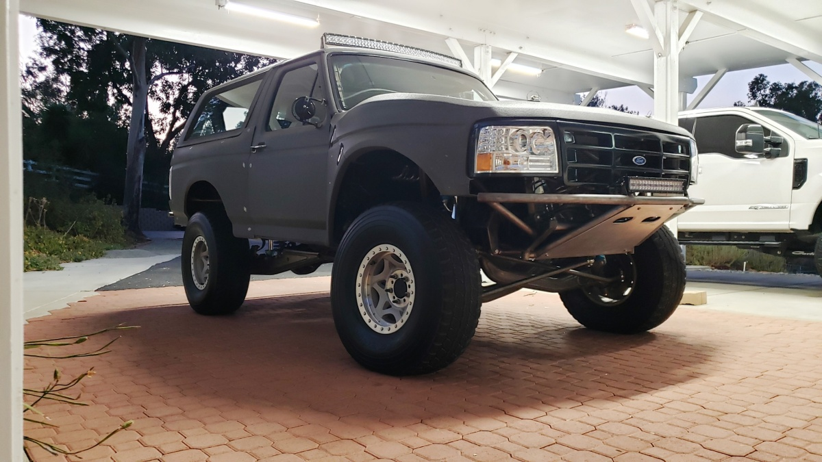 For Sale: 4-Seat, 4-Linked, Street Legal Bronco Prerunner - photo9