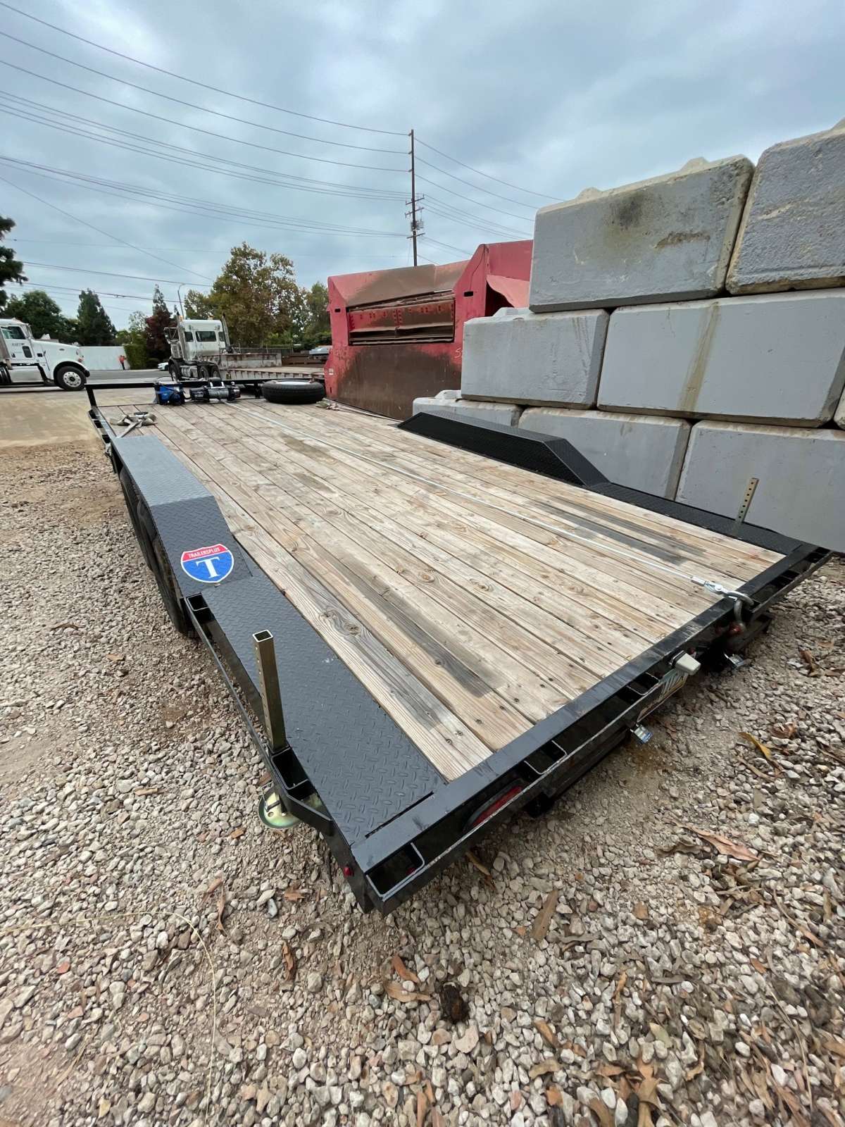 For Sale: 8.5' x 18' 2021 Drive Over Deck Utility Trailer  - photo7