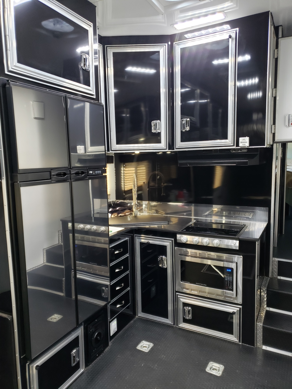 For Sale: Race Trailer With Luxury Living Quarters - photo14