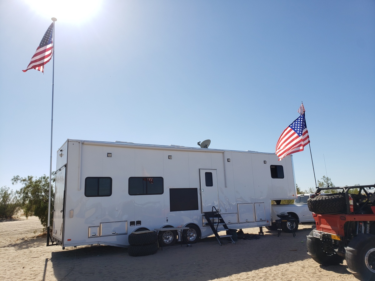 For Sale: Race Trailer With Luxury Living Quarters - photo9