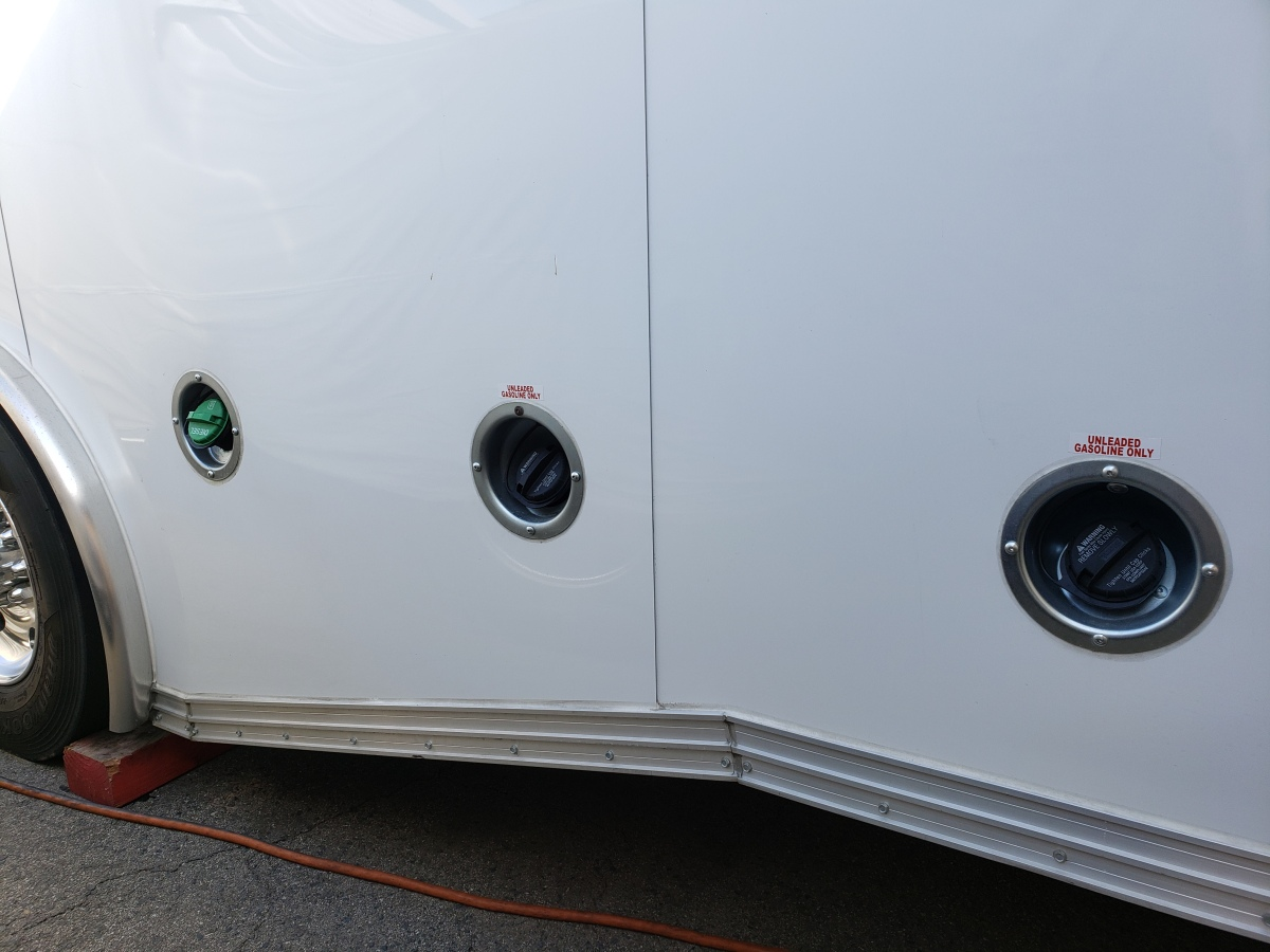 For Sale: Race Trailer With Luxury Living Quarters - photo27