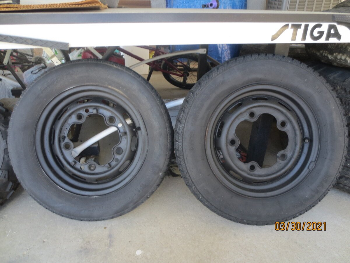 For Sale: Loading Tires - photo0