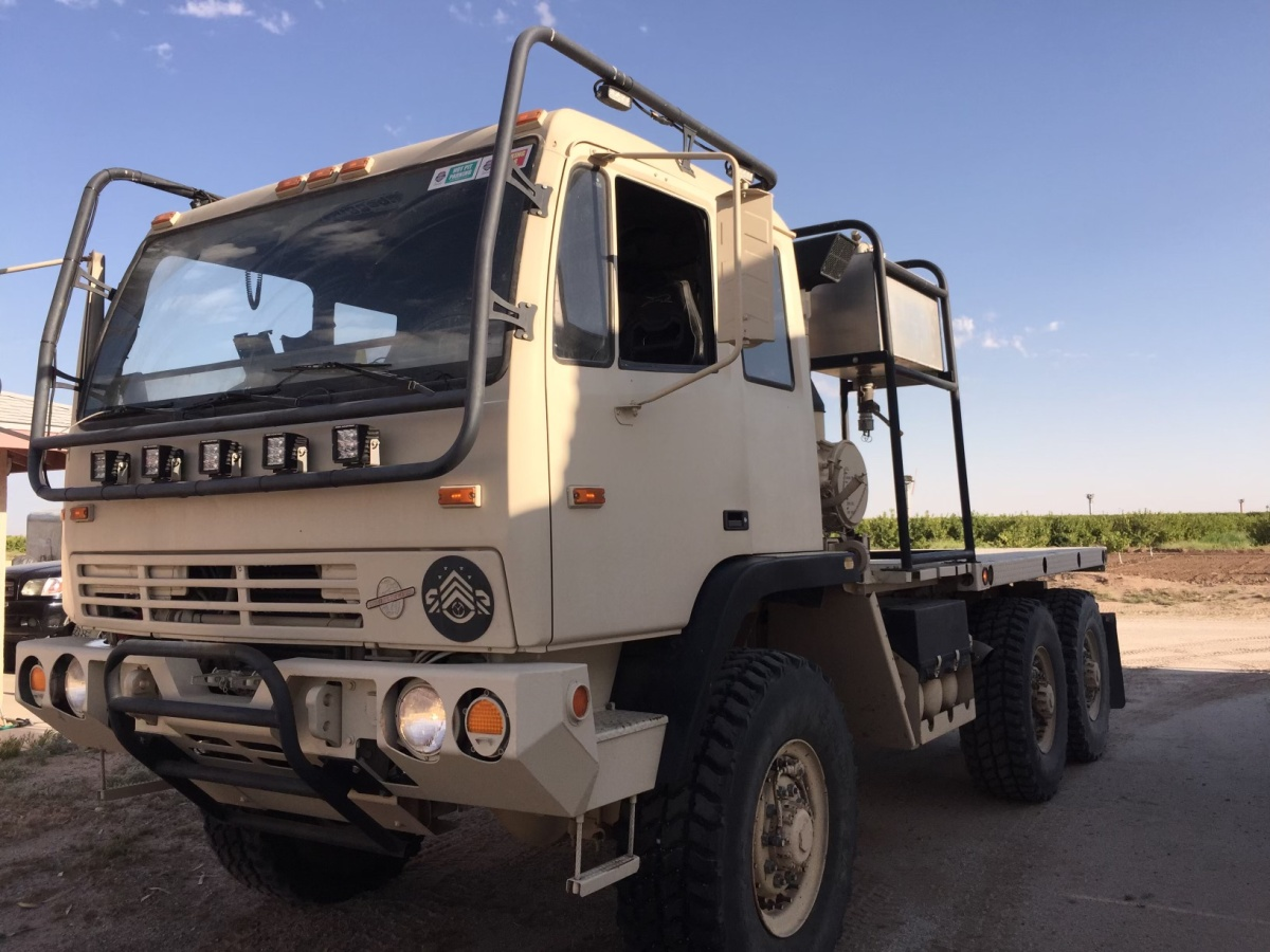 For Sale: 2004 Stewart & Stevenson 6x6 Military Hauler with Trailer and accessories - photo8