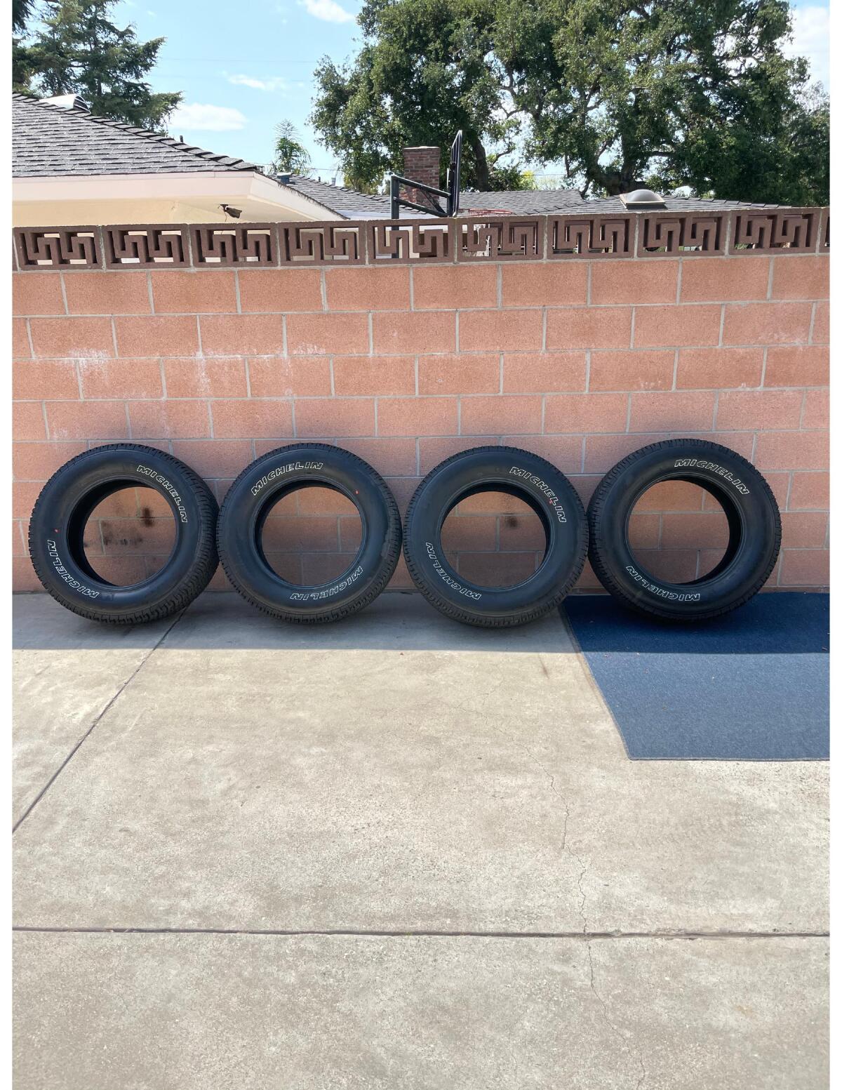 For Sale: Michelin LTX A/T2 Tire (LT275/65R20 R) - photo0