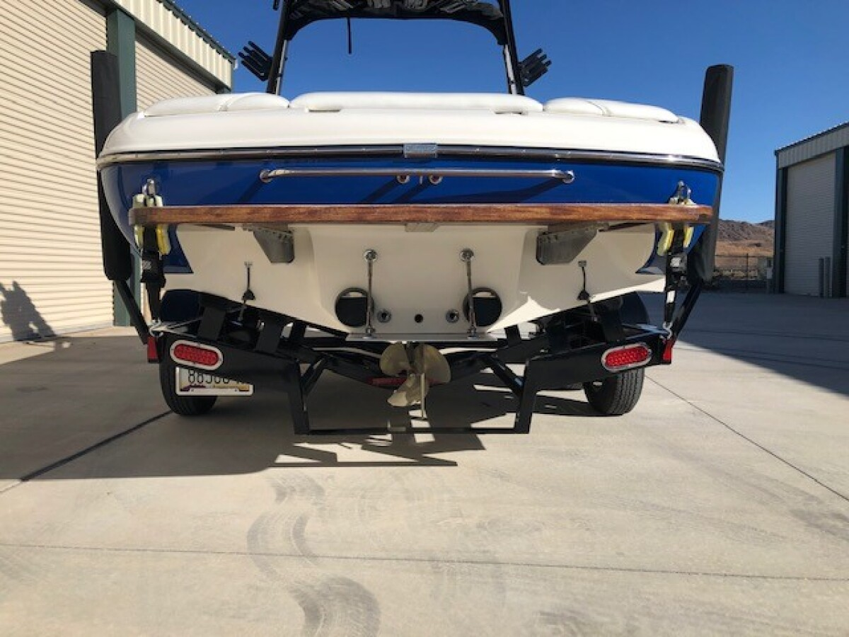 For Sale: 2006 Sanger V230 Wakeboard/ Ski tournament boat - photo3