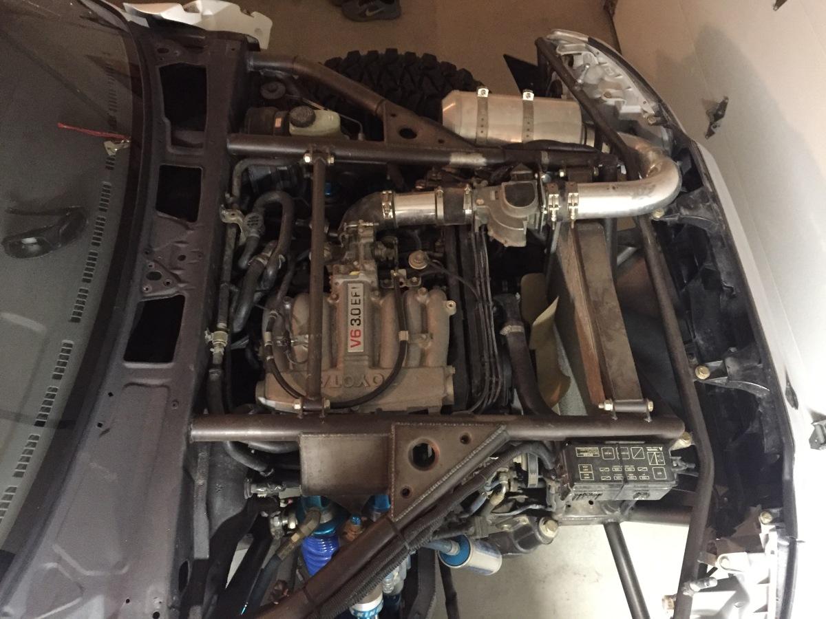 For Sale: Toyota Pickup Drivetrain (3VZE, R151 5spd, & Transfer Case) - photo0